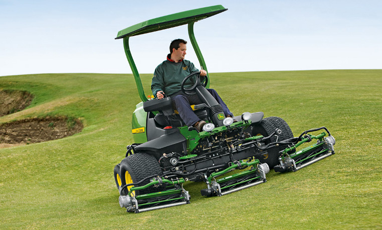 John Deere Fairway Mower