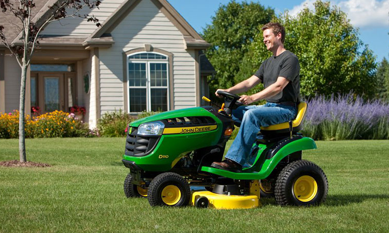 D100 Series Lawn Tractor